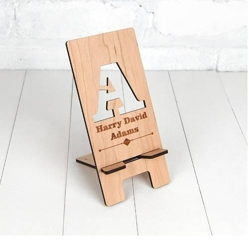 WOODEN MOBILE PHONE HOLDER